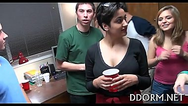 Awesome College Porno Video