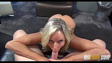 Milf gives awesome blowjob after the pool