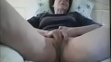 67 year old English grandmother plays with me on Skype,   http://bit.ly/sexCAM