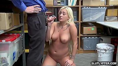 Blonde hottie blowjobs mature cock as she goes down on her knees!