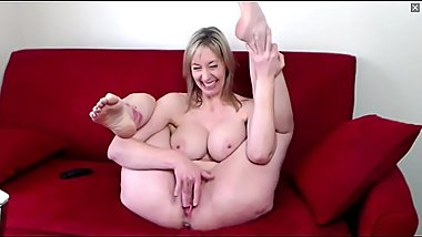 Insanely Sexy and Gorgeous Milf With Huge Tits and Perfect Body Talks Dirty and Cums on Webcam Chat