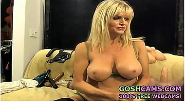 Fetish busty mature blonde MILF mom pornstar giving a blowjob on camera!
