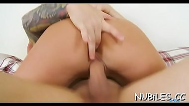 Foxy young blonde Victoria White gets cuchy plowed